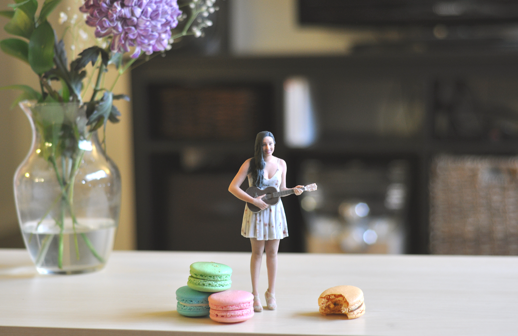 3d printed figurine of a girl holding a guitar